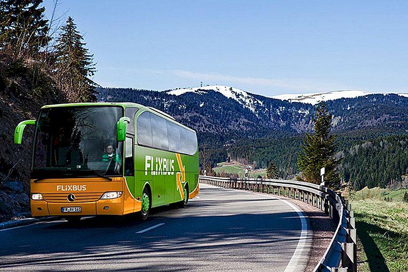 Šī kompānija pievieno zemo cenu autobusu ainavu par izdevīgu cenu