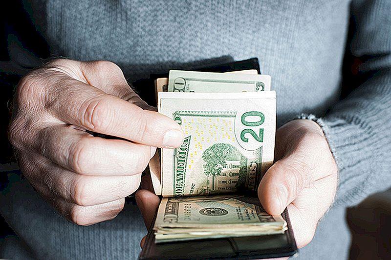 Denne fyren ble byttet til en online bankkonto og uvitende lagret $ 800