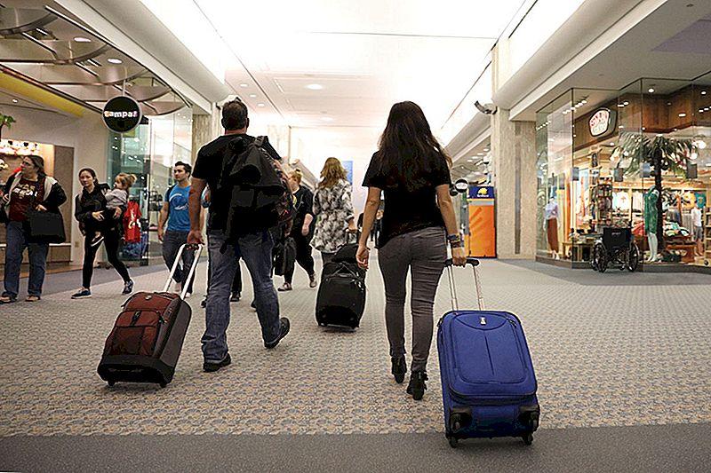 Dideli bagažo mokesčiai, nusveriantys jus? Sužinokite, kurie oro linijų bendrovės moka mažiausiai