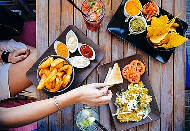 Cómo comer de forma gratuita y otros consejos para ahorrar dinero en restaurantes