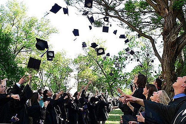 Уштедите новац као ученик колеџа: 5 начина за решавање највећих трошкова